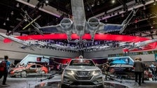 """Custom Nissans inspired by """"Star Wars: The Last Jedi"""" at the 2017 L.A. Auto Show"""