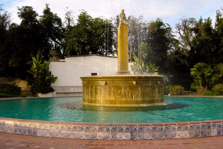 "Electric Fountain at Beverly Gardens Park from ""Clueless"""