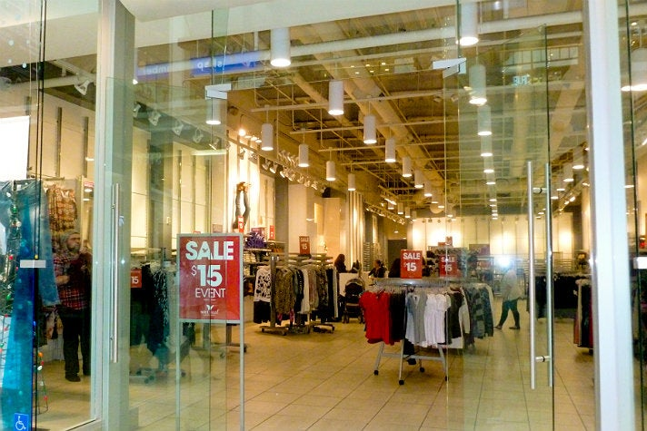 "Wet Seal at Westfield Fashion Square from ""Clueless"""